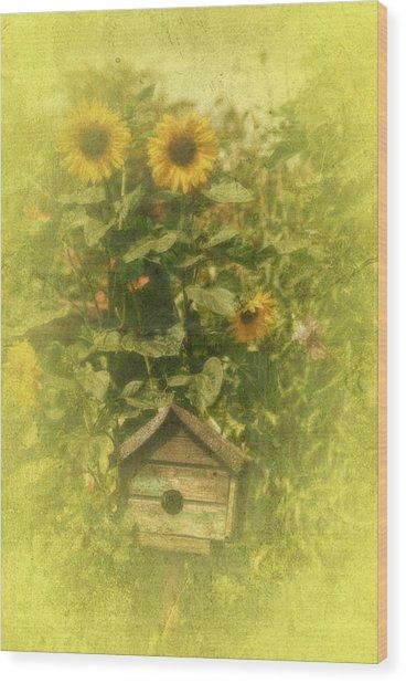 Vintage Garden Wood Print by Richard Cummings
