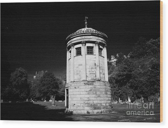William Huskisson Memorial In St James Cemetery Liverpool Merseyside England Uk  Wood Print by Joe Fox