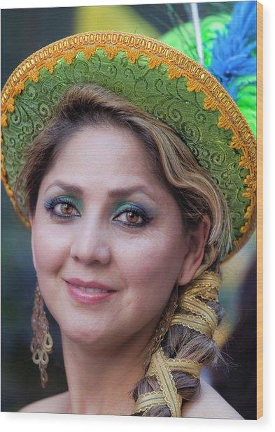 Hispanic Columbus Day Parade Nyc 11 9 11 Female Marcher Wood Print by Robert Ullmann