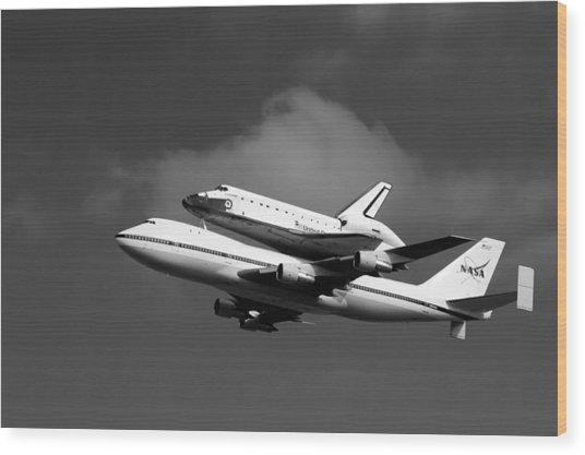 Shuttle Endeavour Wood Print