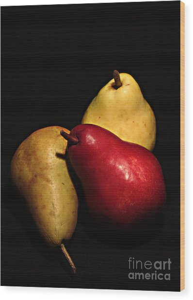 3 Of A Pear Wood Print by David Taylor