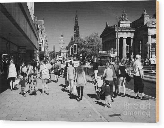 Shoppers And Tourists On Princes Street Edinburgh Scotland Uk United Kingdom Wood Print by Joe Fox