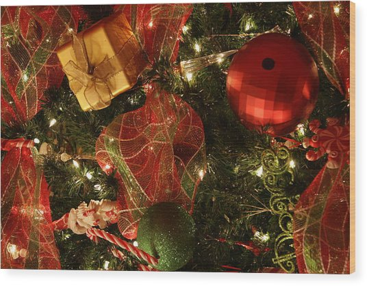 Christmas Ornaments Wood Print by Lonnie Moore