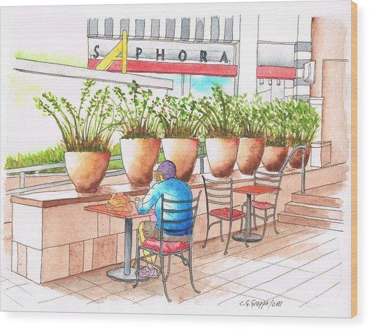 A Quiet Moment In The Manhatan Beach Mall, Califonia Wood Print by Carlos G Groppa