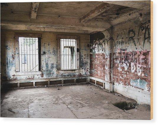 Abandoned Room Wood Print