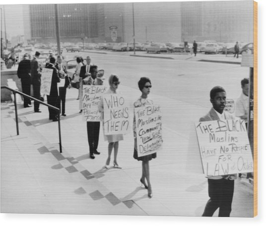 African Americans Protesting Black Wood Print by Everett