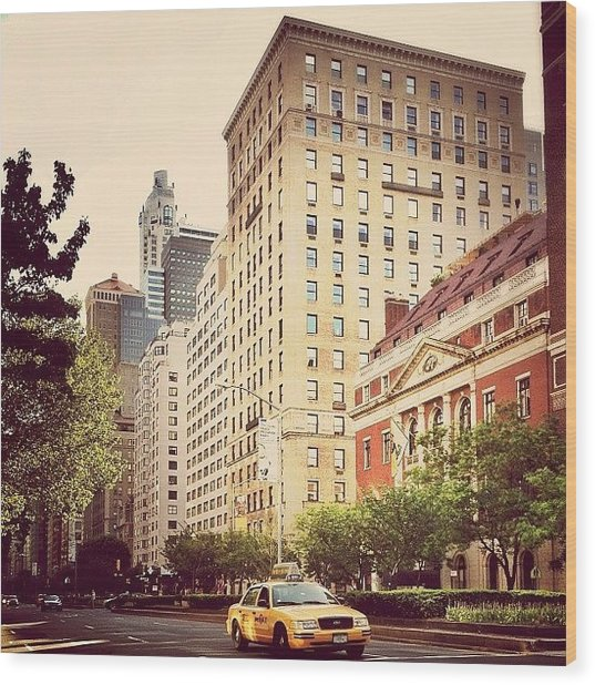 Along Park Avenue - New York City Wood Print