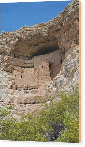 Wood Print featuring the photograph Arizona Cliff Dwellings by Judy Hall-Folde