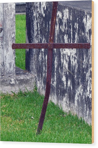 At The Old Rusty Cross Wood Print by Rdr Creative