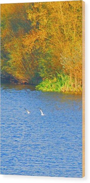 Autumn Flight Wood Print by Bai Qing Lyon