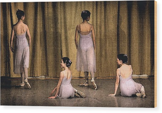 Ballerinas Wood Print by Ercole Gaudioso