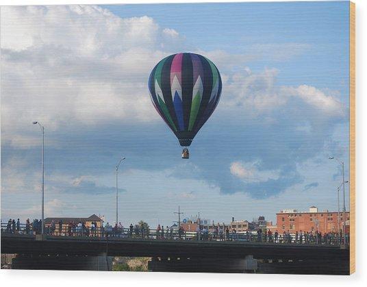 Balloon Over The Bridge Wood Print by Alan Holbrook