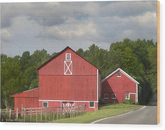 Barn Along The Way Wood Print