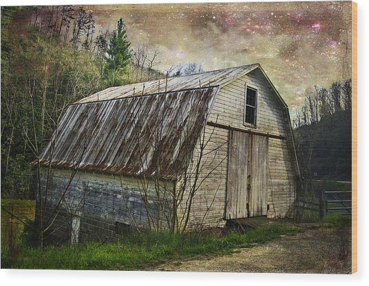 Barn At Twilight Wood Print