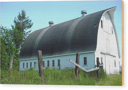 Barn In Longview Wood Print
