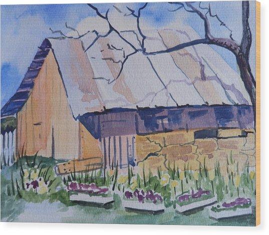 Barn Near Payson Wood Print