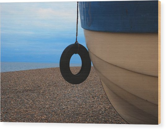 Beach Boat Wood Print by Duncan Nelson