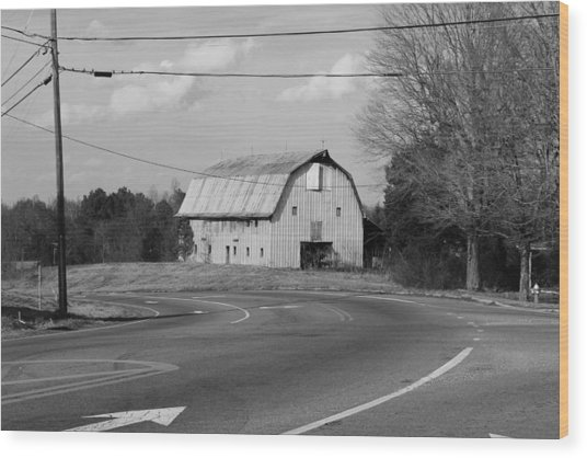Big Metal Barn In The Curve Wood Print