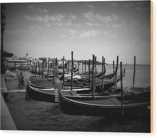 Black And White Gondolas Wood Print