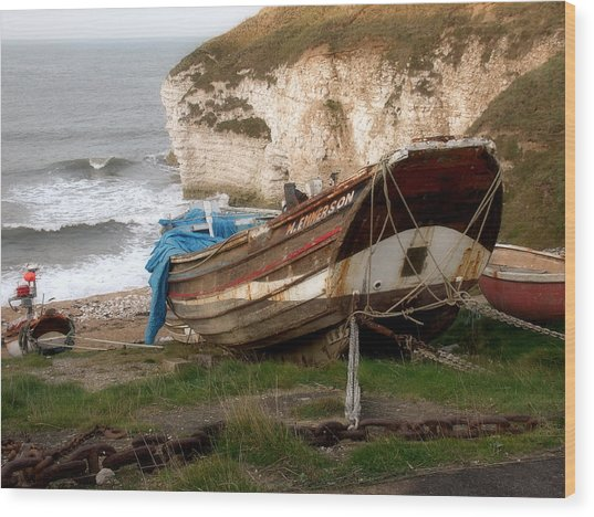Boats At Thornwick Bay Wood Print