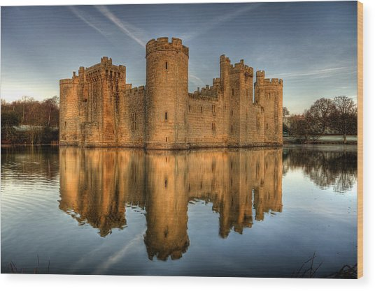Bodiam Castle Wood Print by Mark Leader