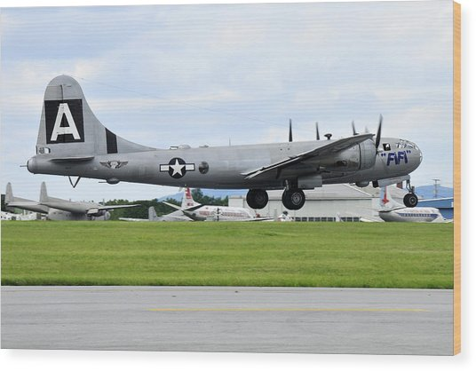 Boeing B-29 Superfortress Wood Print by Dan Myers
