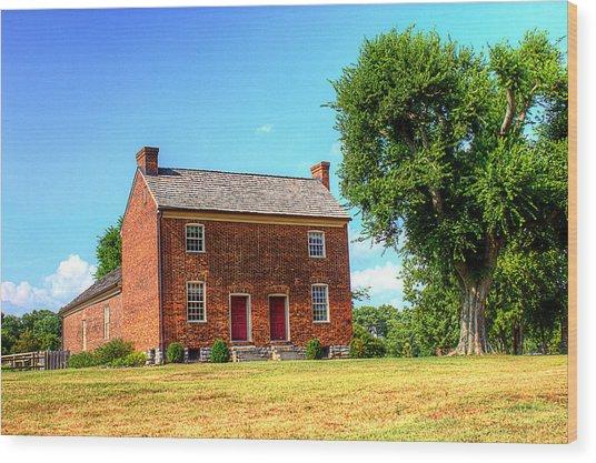 Bowen Plantation House 002 Wood Print by Barry Jones