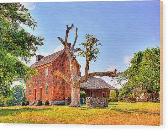 Bowen Plantation House 003 Wood Print by Barry Jones