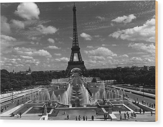 Bw France Paris Fontain Chaillot Tour Eiffel 1970s Wood Print by Issame Saidi