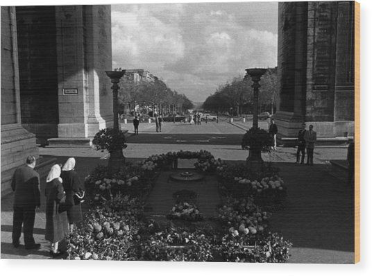 Bw France Paris Triumphal Arch Unknown Soldier 1970s Wood Print by Issame Saidi