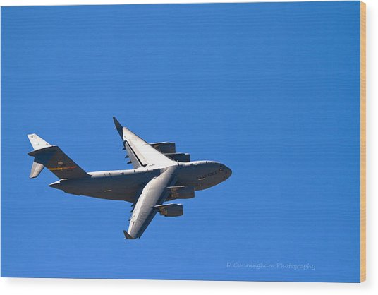 C-17 Turning Right Wood Print
