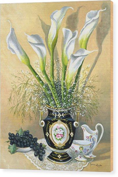 Callalillies With China And Grapes Wood Print