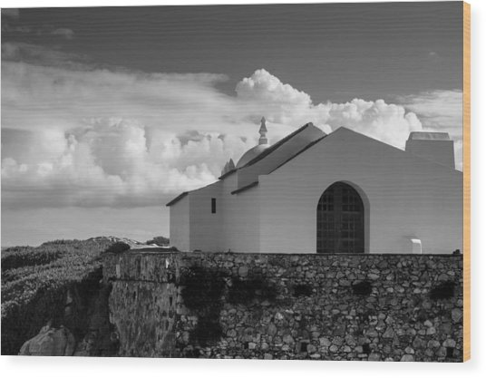 Capela Do Baleal Wood Print