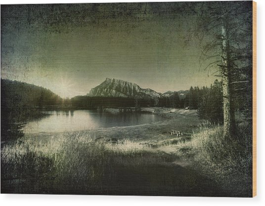Cascade Pond Banff Wood Print