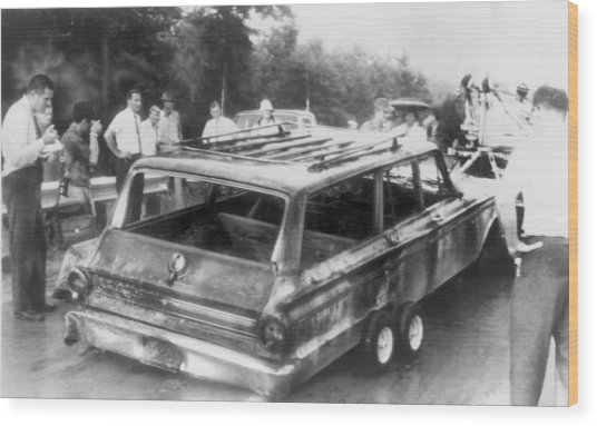Charred Remains Of Station Wagon Driven Wood Print by Everett