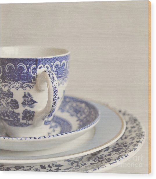 China Cup And Plates Wood Print