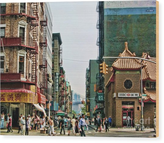 Chinatown-nyc Wood Print by Anne Ferguson