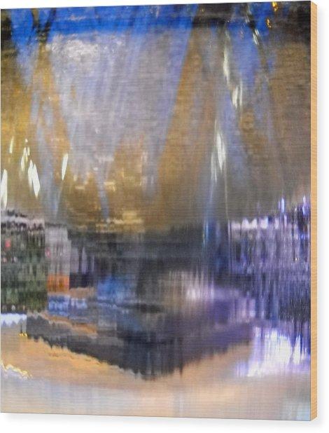 City Fountain  Wood Print by Duwayne Washington