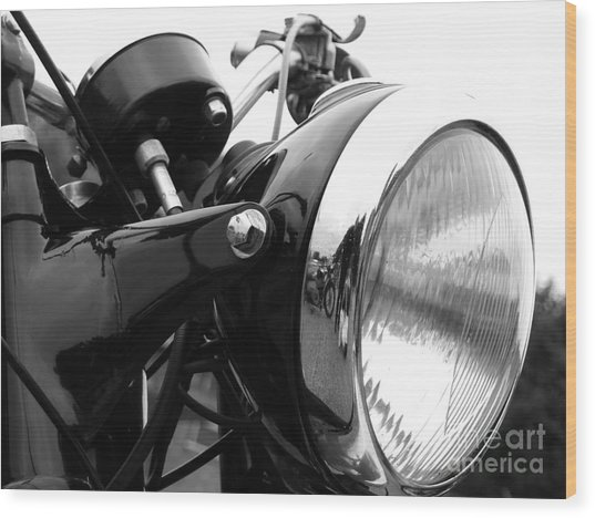 Classic Douglas Headlight Wood Print by Andrew May