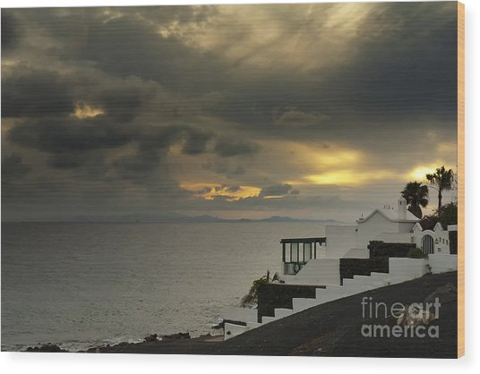 Cloudy Sunset Wood Print by Roberto Bettacchi