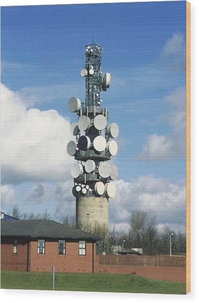 Communications Tower Wood Print by Andrew Lambert Photography