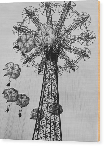 Coney Island Ride Wood Print by Archive Photos