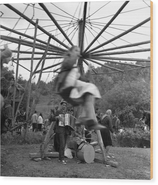 Country Fair Swings With Accordion Wood Print