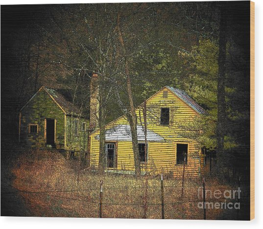 Deserted Cabins Wood Print by Joyce Kimble Smith