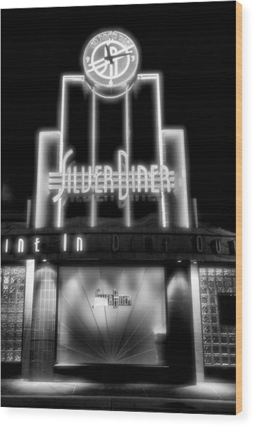 Diner At Night Wood Print by Steven Ainsworth