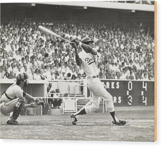 Dodger Willie Davis Batting At Dodger Stadium  Wood Print