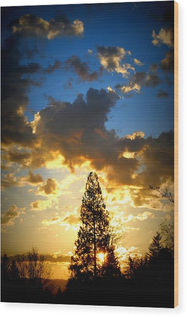 Dramatic Sunrise II Wood Print