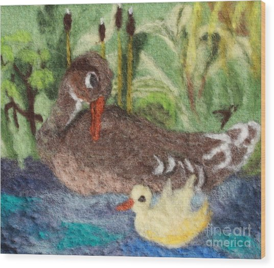 Duck And Duckling Wood Print by Nicole Besack