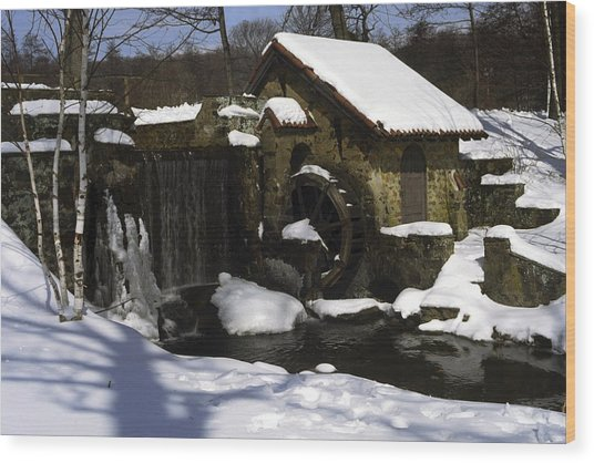 Eastern University Waterwheel Historic Place Wood Print