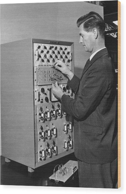 Emiac Mainframe Wood Print by Archive Photos